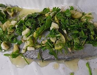 דג ברמונדי בעישבי תיבול